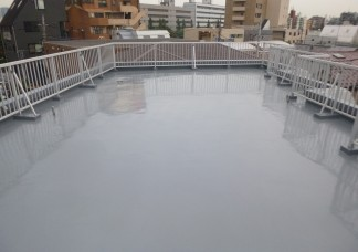 Oハイツ屋上:ウレタン防水通気緩衝工法